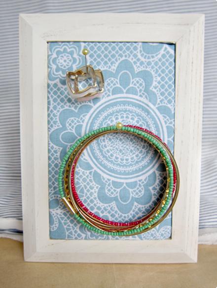 Jewelry-Frame2
